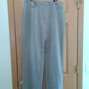 Sag Harbor Stretch Dress Pants  Size 16 EUC!